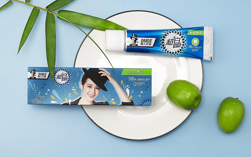 黑人牙膏平面产品形象拍摄作品