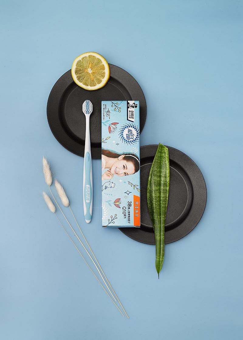 黑人牙膏平面产品形象拍摄作品1